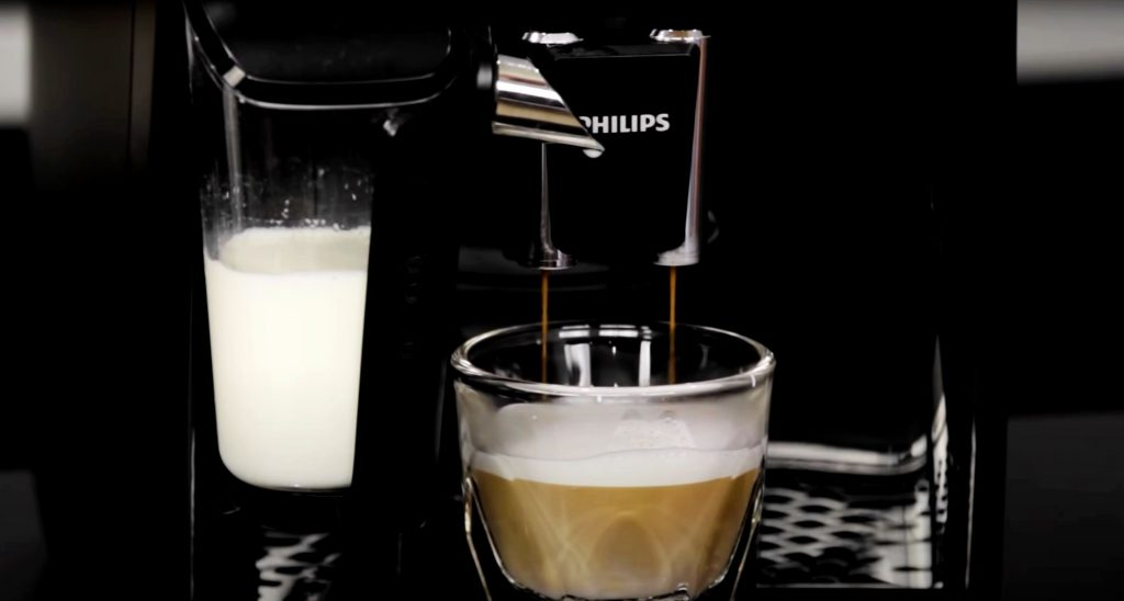 Philips 3200 Series With LatteGo brewing a cappuccino