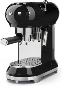 Smeg ECF01 old school espresso maker